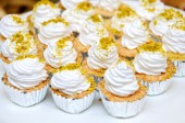 Cupcakes with white buttercream — Stock Photo