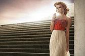 Elegant woman in the fashion pose — Stock Photo