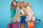 Group of blond cheerful girlfriends — Stockfoto