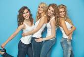 Group of cheerful young ladies — Foto Stock