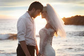 Romantic couple on the perfect honeymoon — Foto de Stock