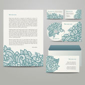 Templates with floral pattern — Stock Vector
