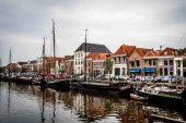 Ships anchored in a canal in Zwolle, the Netherlands — Stock Photo