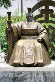 Chinese emperor monument — Stockfoto