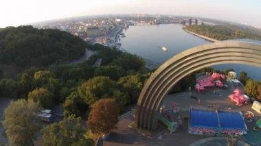 Friendship of Nations Arch, Kiev — Stock Video
