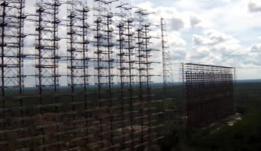 Chernobyl2, советской радиолокационной системы — Стоковое видео