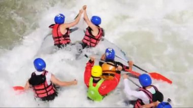 River Rafting as extreme and fun sport — Stock Video