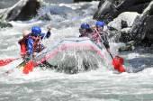 Řeka Rafting jako extrémní a zábavný sport — Stock fotografie