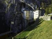 Predjama castle — Stock Photo