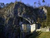 Predjama Castle Slovenia — Stock Photo