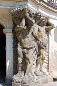 Baroque castle and statuary, Ploskovice near Litomerice, Czech repubilc, Europe — Stock Photo