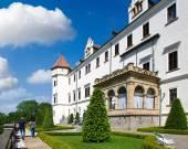 Zamek Konopiste w pobliżu Benesov, Republika Czeska, Republika Czeska — Zdjęcie stockowe