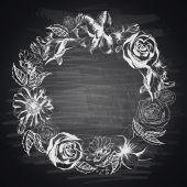 Hand-drawn floral border on blackboard — Vector de stock