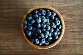 Bowl of blueberries — Stock Photo