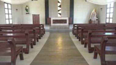 驚くべきビーチ教会内部 — ストックビデオ