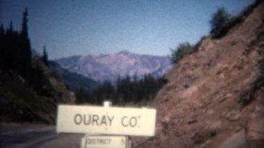 Ouray Colorado şehir işareti — Stok video