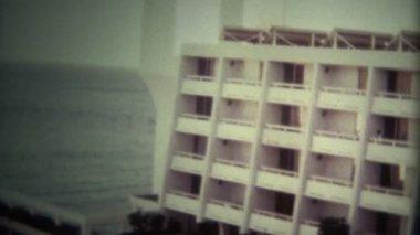 Luxury 80s Beach Hotel — Stock Video
