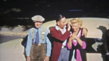Motley crew of characters in 1950's fashion style — Stock Video
