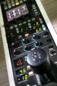 スタジオ録音のプロフェッショナルなコントロール パネル. — ストック写真