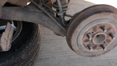 Repair auto drum — Stock Video