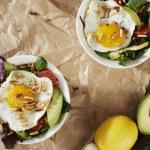Fried egg salad — Stock Photo #71589847