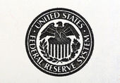 United States Federal Reserve System symbol on old 100 dollar bill. — Stock Photo