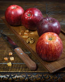 Vinous Gala apples on an old wooden surface — Stock Photo
