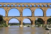 Roman aqueduct Pont du Gard — Stock Photo