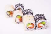 Salmon sushi roll — Stock Photo