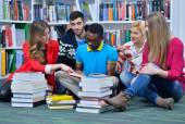 Group of students learnin — Foto Stock