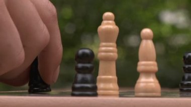 Man playing chess — Stock Video