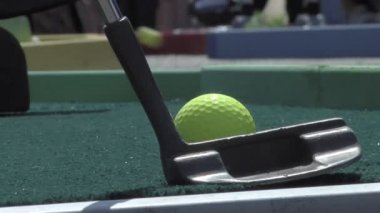 Miniature golf — Stock Video