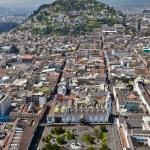 Quito, Panecillo and Plaza Grande — Stock Photo #67459507