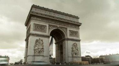 Paris, France: Arc De Triomphe zooming timelapse — Stock Video