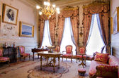 Istanbul - January 15: Dolmabahce Palace, Cabinet of Mustafa Kamal Ataturk on January 15, 2015 in Istanbul. — Stock Photo