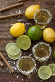 Tequila and lime Lemon and as a cigarillo — Stockfoto