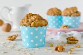 Banana muffins with oatmeal and nuts — Stock Photo