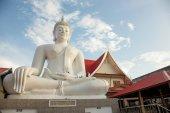 White Boeddha Pra jao Hai Sok — Stockfoto