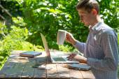 Hardworking man inspired by nature — Stock Photo