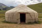Yurt in Central Asian Veld — Stock Photo