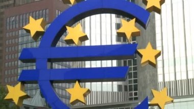 The Euro symbol sign — Stockvideo