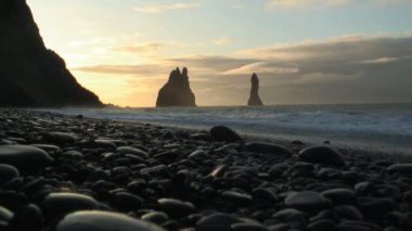 Black volcanic rock stacks — Stock Video