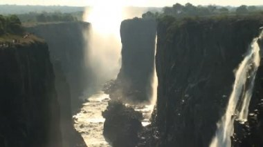 Victoria Falls and the Flowing Zambezi River — Stockvideo
