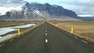 Icelandic road near Jokulsarlon — Stock Video