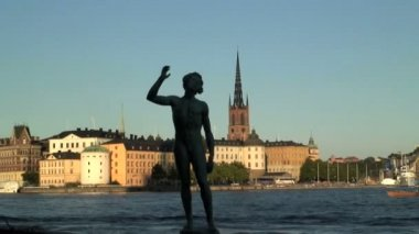 Song Statue in Stockholm — Stock Video