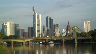 The financial City of Frankfurt — 图库视频影像