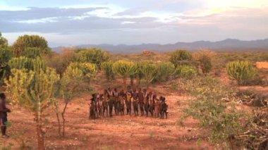 Hamer tribal dancers — Stockvideo