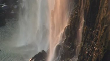Victoria Falls and the Flowing Zambezi River — Vídeo Stock