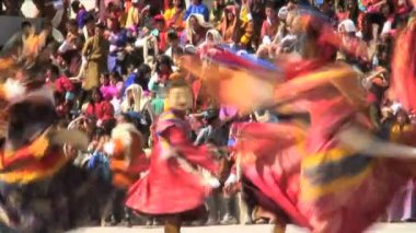 Dance Festival Trashichhoe Dzong monastery — Stock Video
