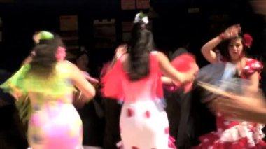 Flamenco street dancers — Stock Video
